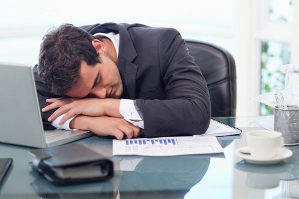 Врачи назвали 5 причин, почему следует избегать дефицита сна