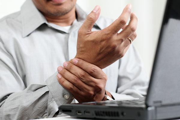 артрит симптомы болезни