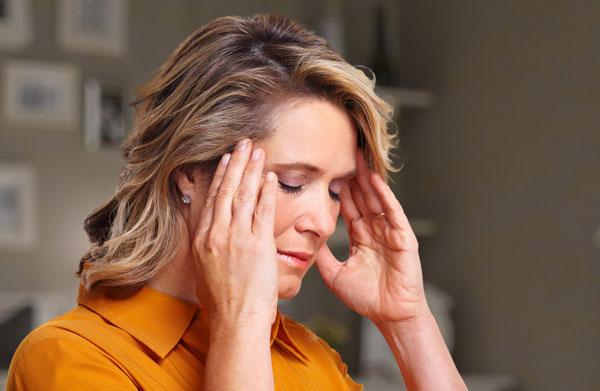 Мигрень — причины, симптомы и лечение
