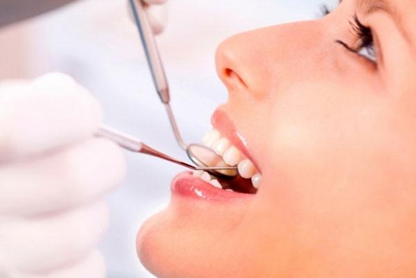 zubnye-implanty-i-ih-stoimost