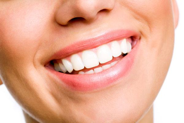 4 шага к белым зубам