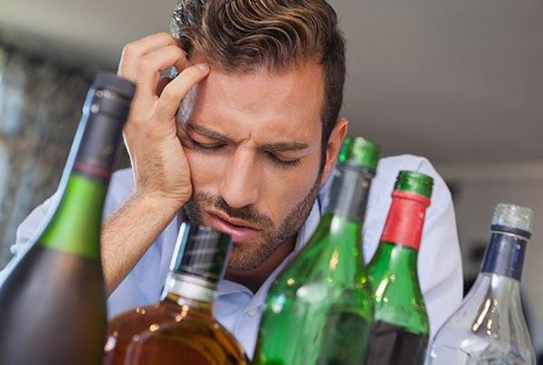 Я - не алкоголик! 12 поводов насторожиться