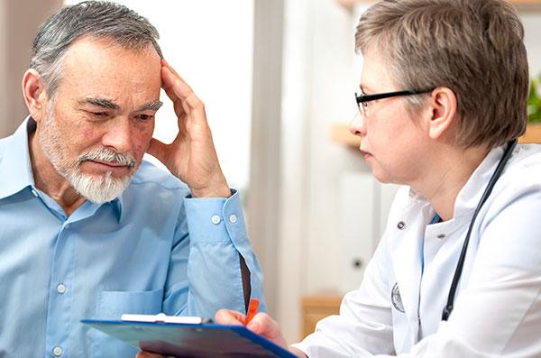 Как должен выглядеть прием врача? Взгляд с двух сторон: платная и бесплатная медицина