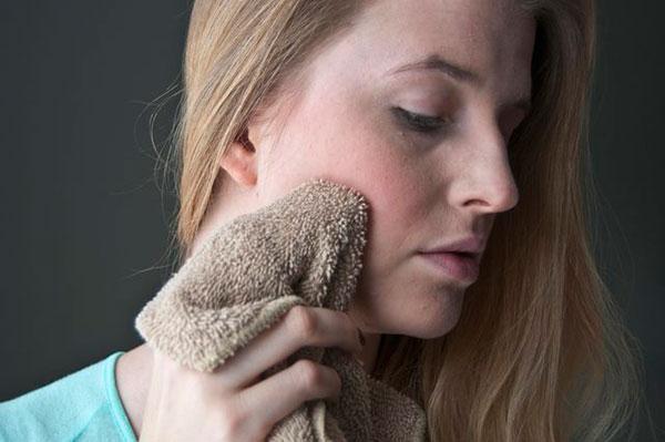 Как победить сухость и раздражение кожи? Помогут витамины