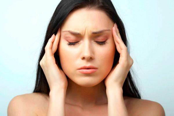 Что нужно знать о симптомах и причинах мигрени?