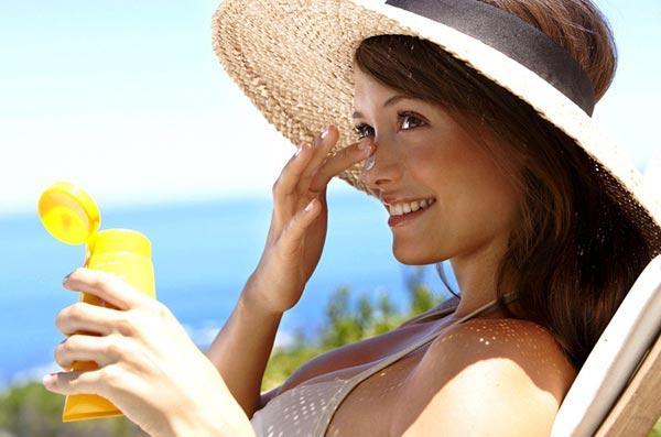 Почему так важно пользоваться солнцезащитным кремом