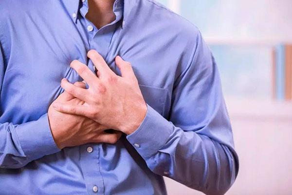 О чем говорят боли в сердце