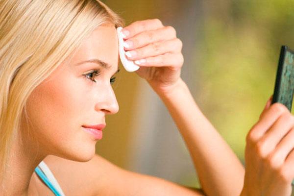 Самые простые правила ухода за проблемной кожей