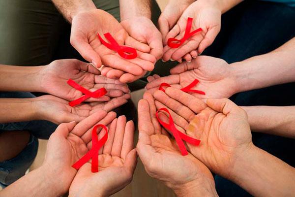 Жизнь с ВИЧ инфекцией