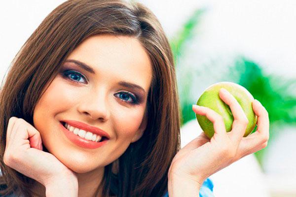 Имплантация зубов: в чем особенности и преимущества