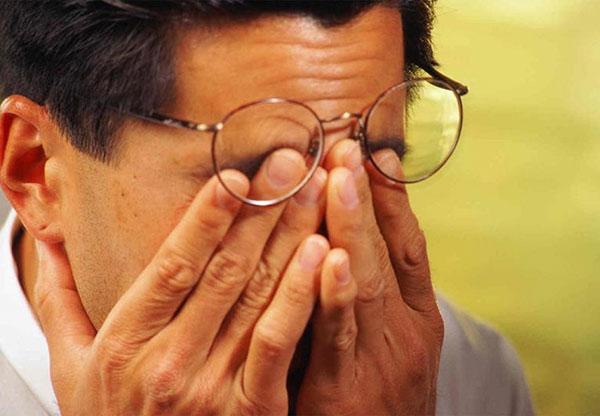 Кератит: причины и симптомы данного заболевания