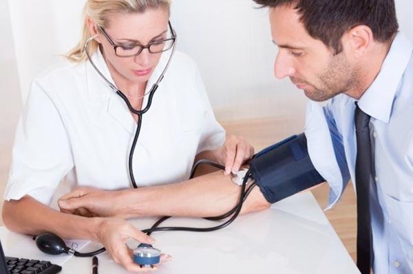 Как курение влияет на артериальное давление?