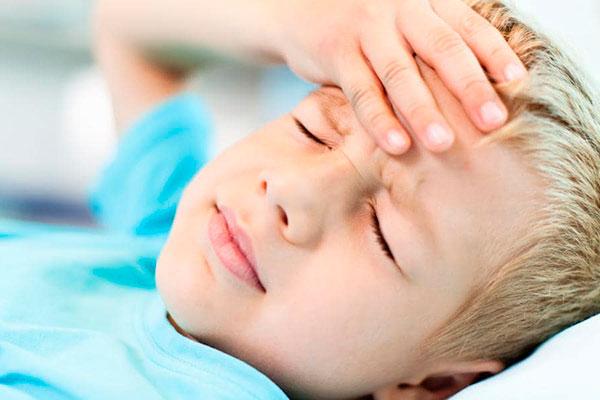 Причины головной боли у ребёнка