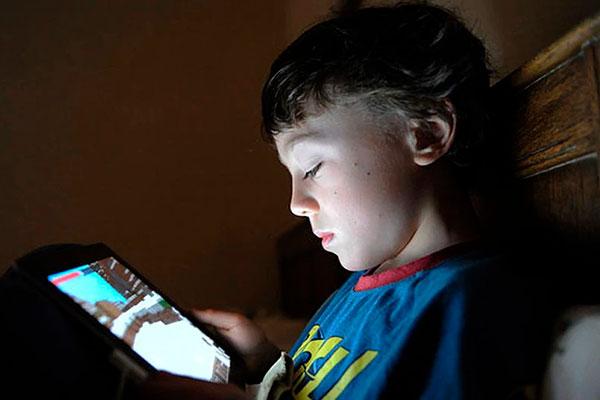 Опасность зависимости от социальных сетей