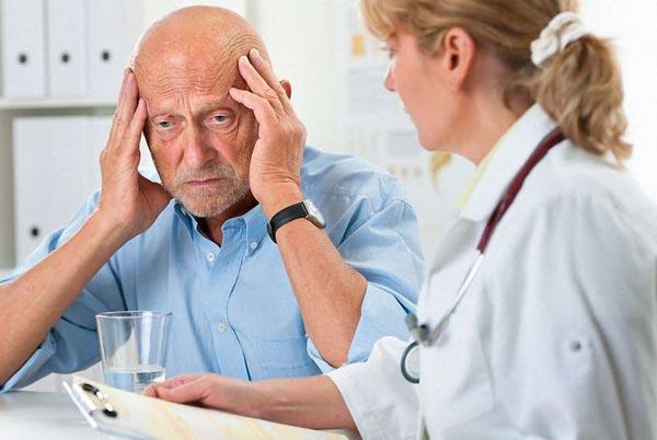 Болезнь Альцгеймера: первые симптомы и профилактика