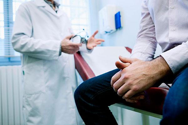 СПИДу 25 лет - предлагает непростые ответы о лекарствах и болезни