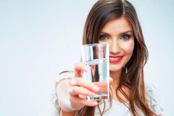 9 правил похудения на водной диете