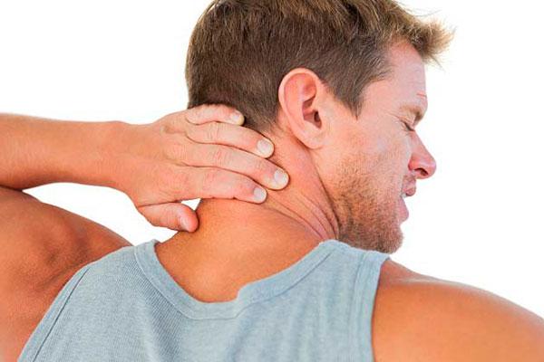 Боль в шее и плечах - что может быть причиной