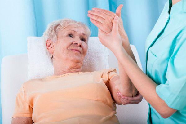 Кто наиболее подвержен риску остеопороза?