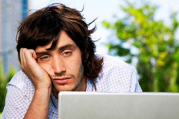 Постоянная усталость может быть осложнением коронавирусной инфекции