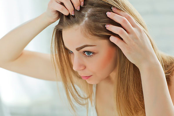 Могут ли из-за COVID-19 выпадать волосы