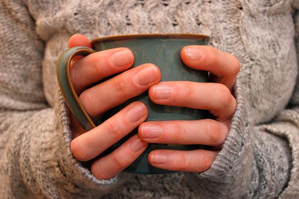 Холодные руки и ноги: 15 причин