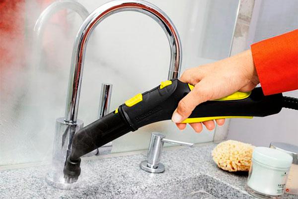Как убрать в доме без вреда для здоровья