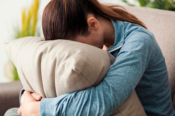 Причины и факторы риска сезонной депрессии (сезонного аффективного расстройства)